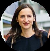 Maryana Kosta is zeer tevreden over de ontspanning door de stoelmassage van VitalityPro